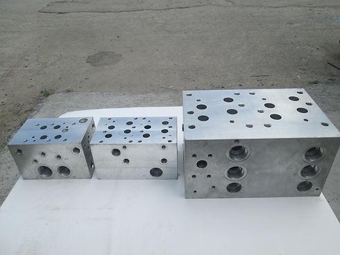 Manifold Block (5).JPG