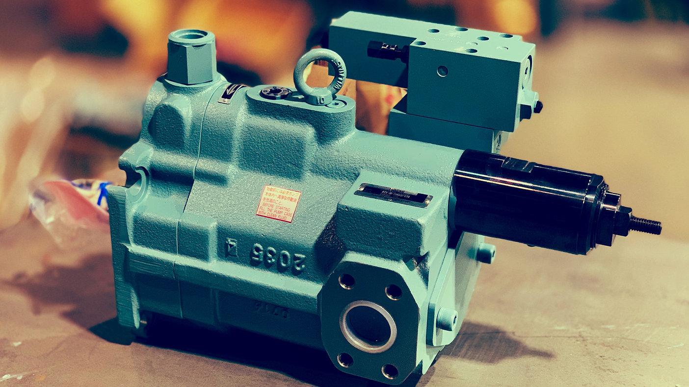 Nachi_hydraulic_pump.JPG