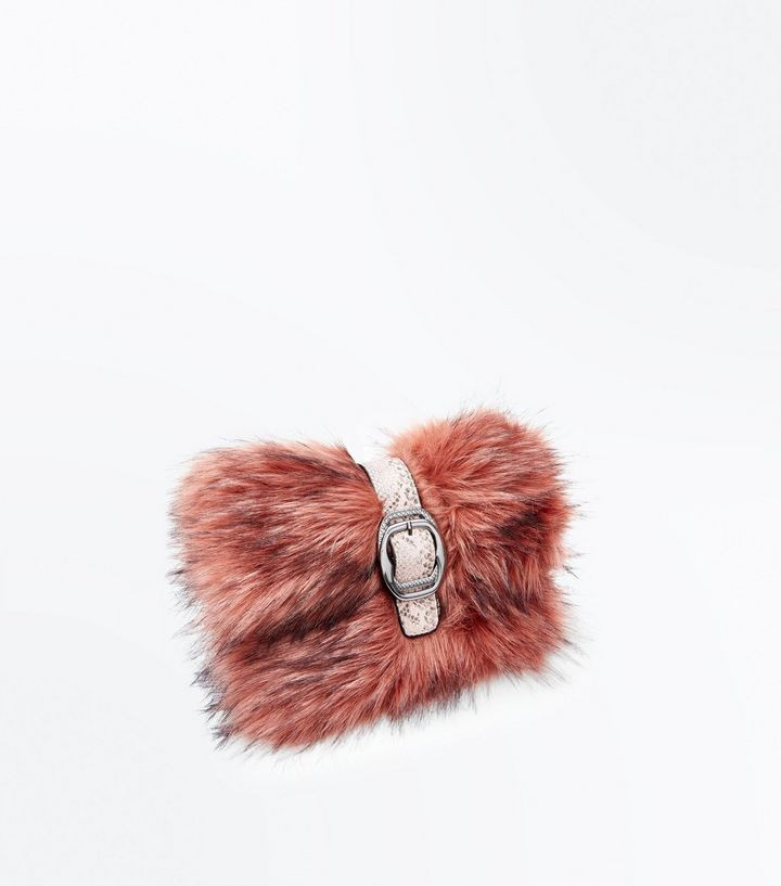 New Look Shell Pink Faux fur clutch