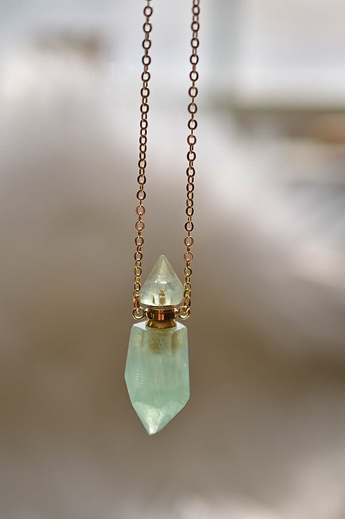 """Green Fluorite Point Diffuser Necklace 26""""+2"""" ext."""