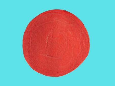 Hablando de pintar fuera de la raya… ¡el punto rojo!