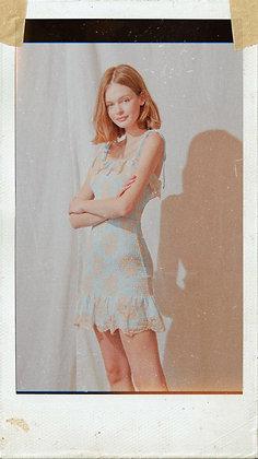 Lace Mini