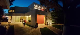 FR HOUSE