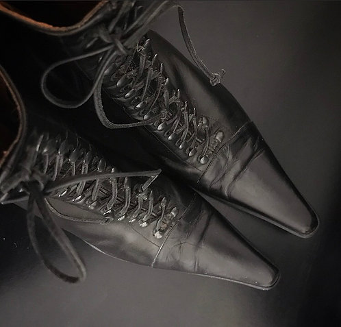 Italian Leather Witch Boots ~ Size 40