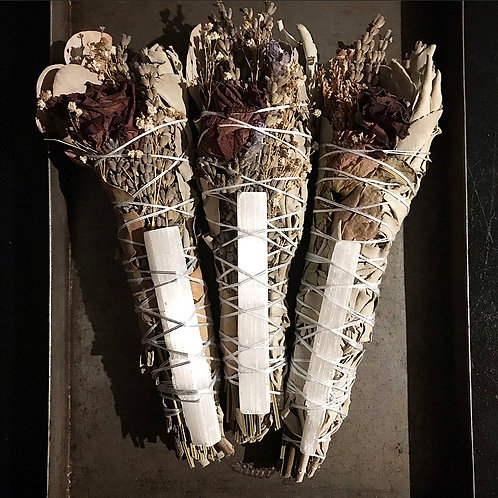Selenite & White Sage Cleansing Smudge with Lavender & Rose
