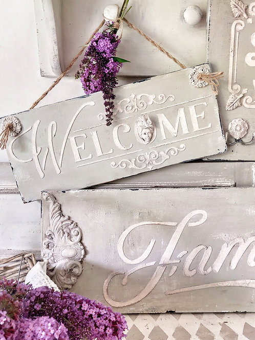 "English Country ""Welcome"" Sign"