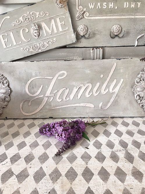 """English Country """"Family"""" Sign"""