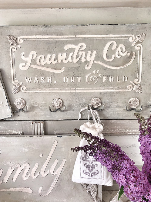 """English Country """"Laundry"""" Wall Hook"""