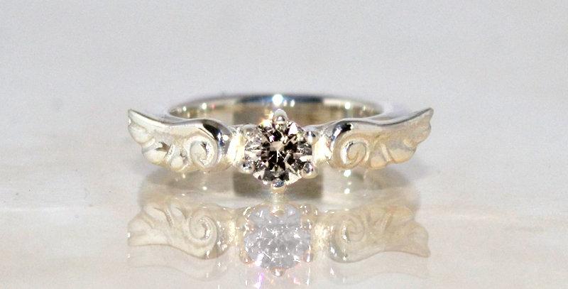 エンジェルエンゲージベビーリング 4月誕生石ダイヤモンド pt900(プラチナ)
