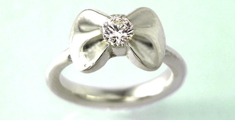 リボンのベビーリング 4月誕生石ダイヤモンド SV925(シルバー)
