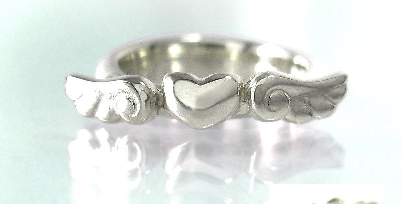 エンジェルハートのベビーリング 4月誕生石ダイヤモンド pt900(プラチナ)