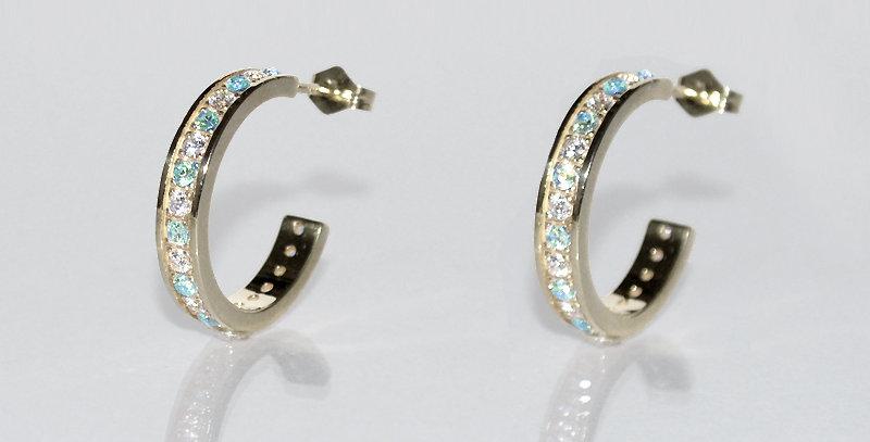 3月誕生石アクアマリン&ダイヤモンド エタニティフープピアス K18WG(18金ホワイトゴールド)