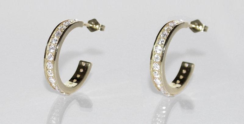 4月誕生石ダイヤモンド エタニティフープピアス K18WG(18金ホワイトゴールド)