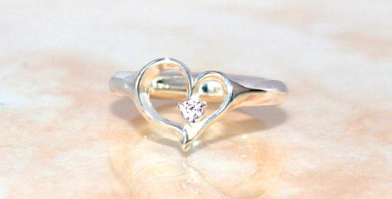 オープンハートのベビーリング 4月誕生石ダイヤモンド SV925(シルバー)