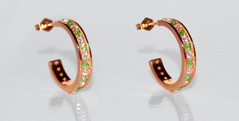 8月誕生石ペリドット&ダイヤモンド エタニティフープピアス K18PG(18金ピンクゴールド)
