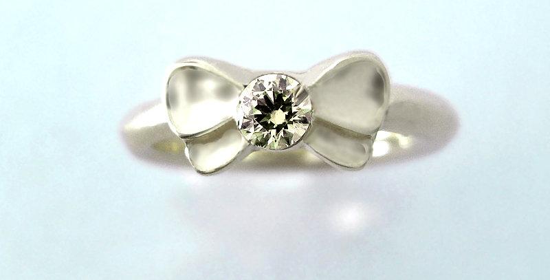 リボンのベビーリング 4月誕生石ダイヤモンド pt900(プラチナ)リボンのベビーリング 4月誕生石ダイヤモンド pt900(プラチナ)