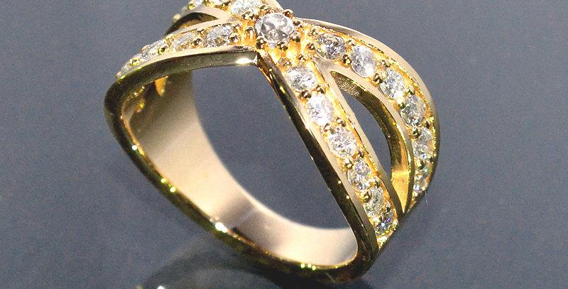 【5月誕生石】 エメラルド&ダイヤモンド  インターセクトリング  K18YG(18金イエローゴールド)