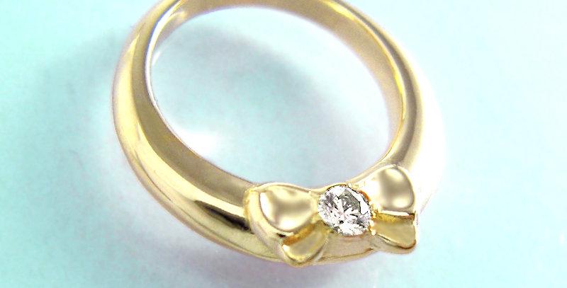 リボンのベビーリング<ペンダントタイプ> 4月誕生石ダイヤモンド K10YG(10金イエローゴールド)