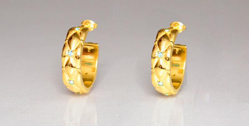 6月誕生石ブルームーンストーン ダイヤキルトフープピアス スターリングシルバー(SV925) ゴールドコーティング