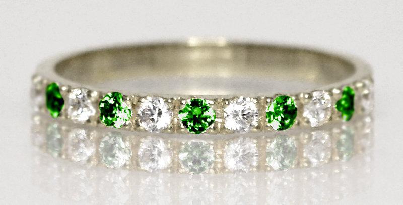 5月誕生石エメラルド&ダイヤモンド ハーフエタニティリング K18WG(18金ホワイトゴールド)
