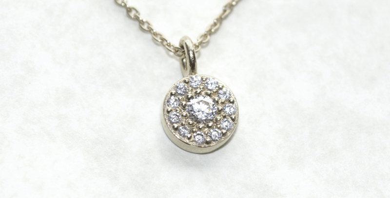 【4月誕生石ダイヤモンド】 ストーンサークルペンダントネックレス K18WG(18金ホワイトゴールド)