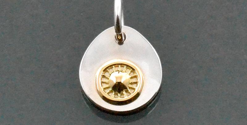 K18ルーン(S)付き オーバルチャームペンダントトップ