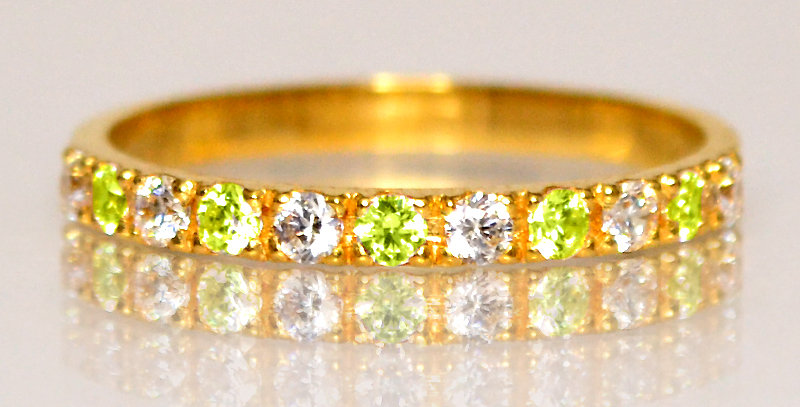 8月誕生石ペリドット&ダイヤモンド ハーフエタニティリング K18YG(18金イエローゴールド)