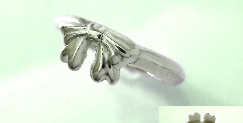 リボンのベビーリングC 4月誕生石ダイヤモンド pt900(プラチナ)