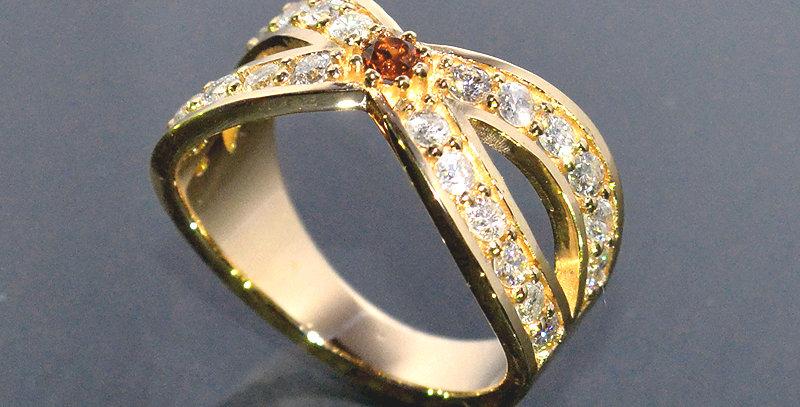 【1月誕生石】 ガーネット&ダイヤモンド  インターセクトリング  K18YG(18金イエローゴールド)