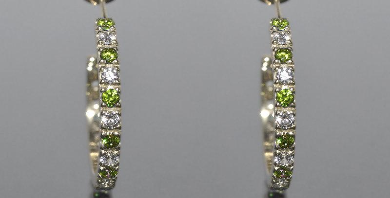 8月誕生石ペリドット&ダイヤモンド エタニティフープピアス K18WG(18金ホワイトゴールド)