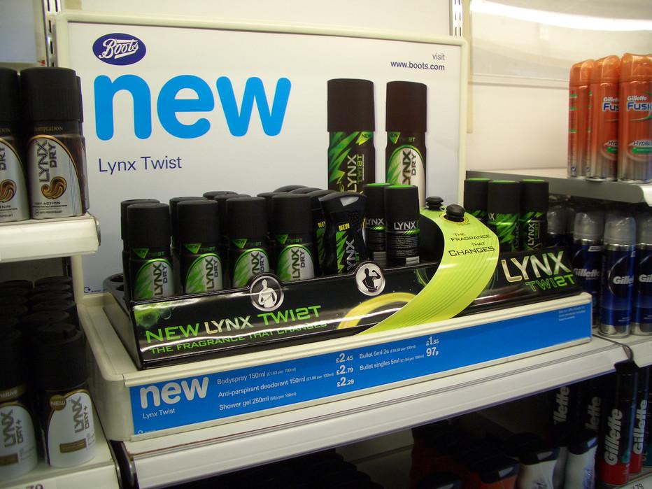 Unilever Lynx Twist retail launch camaign • Boots Mid-gondola