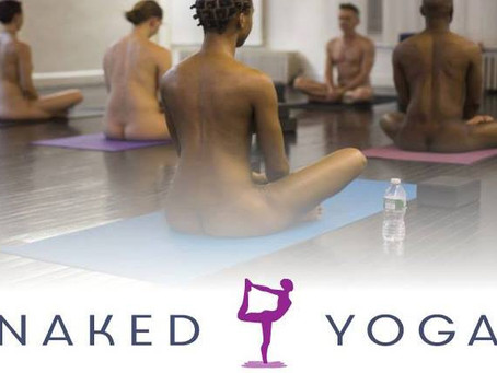 Naked Yoga na Casa da Luz 17/04/2019