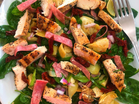 Italian Salad with Grilled Chicken, Spinach and Artichokes