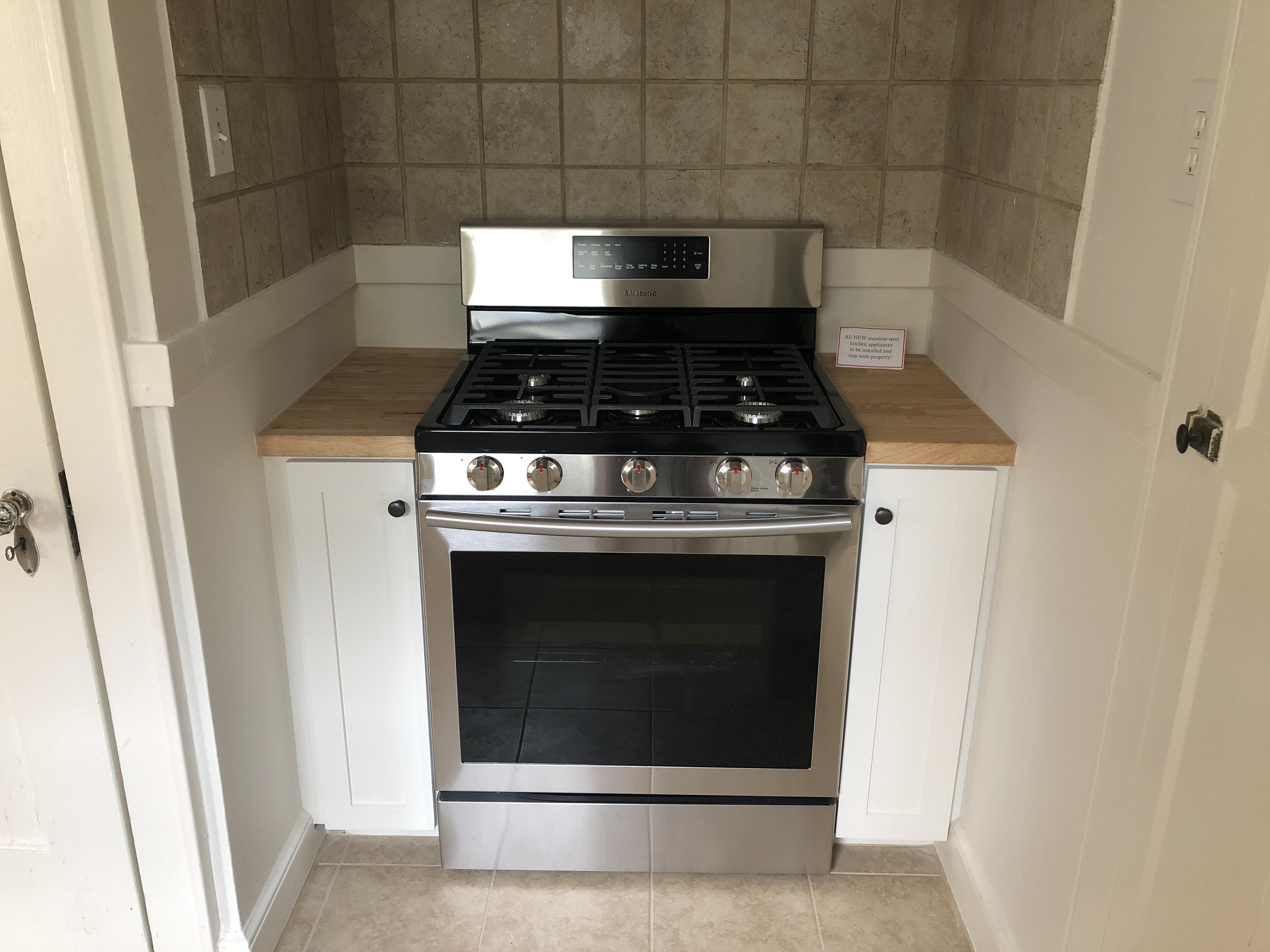Custom Oven Nook Cabinetry