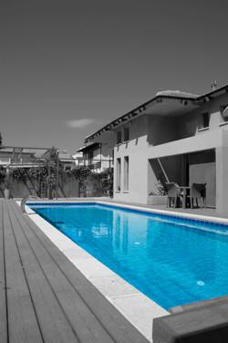 בית בהרצליה הבריכה