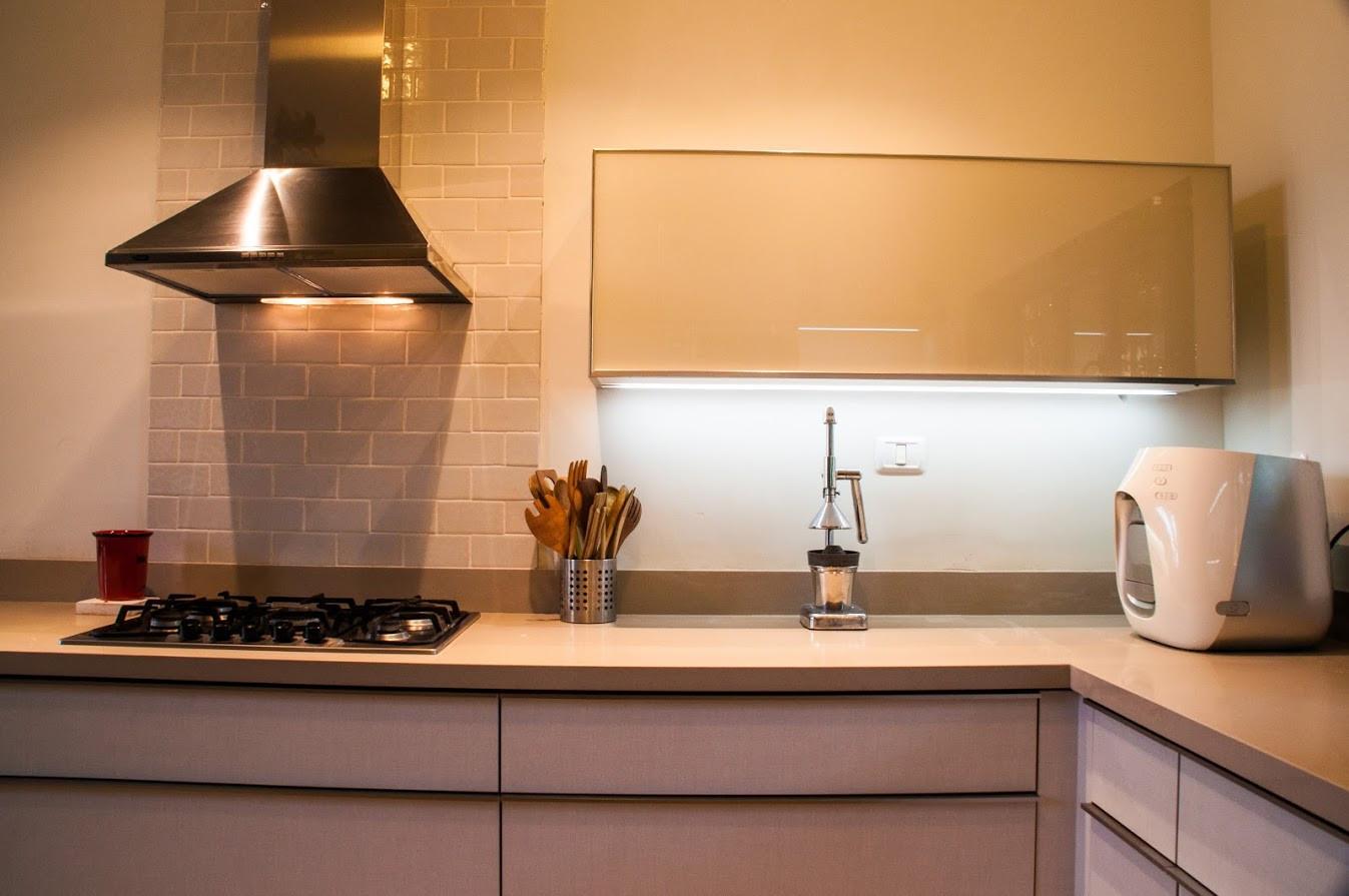 קלאפה מזכוכית במטבח