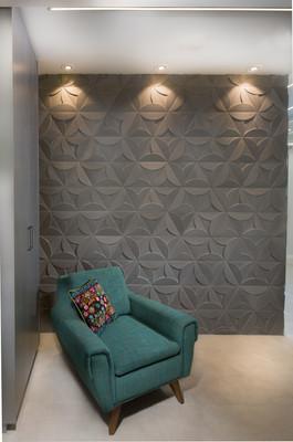 קיר כניסה- אריחי בטון