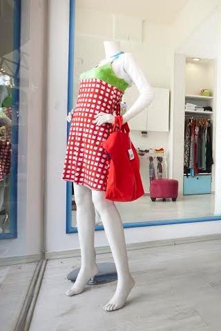 """חנות בגדי מעצבים בת""""א"""