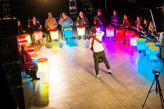 Барабанный круг, световое шоу