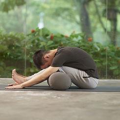 16 yin yoga twist sequence  yoga poses