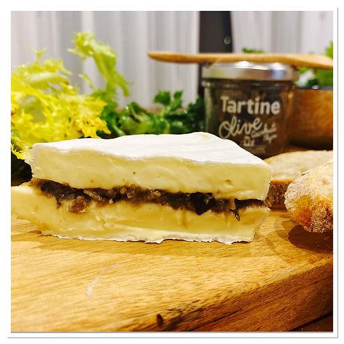 Olive cacahuete et Brie.jpg