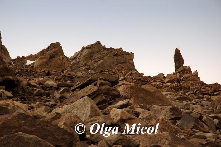 Ladakh rocks1.jpg