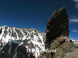 Ladakh rocks9.jpg