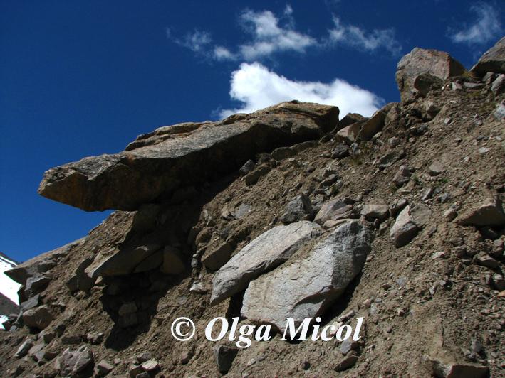 Ladakh rocks7.jpg