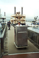 CH Banquet Cart being unloaded from a ship