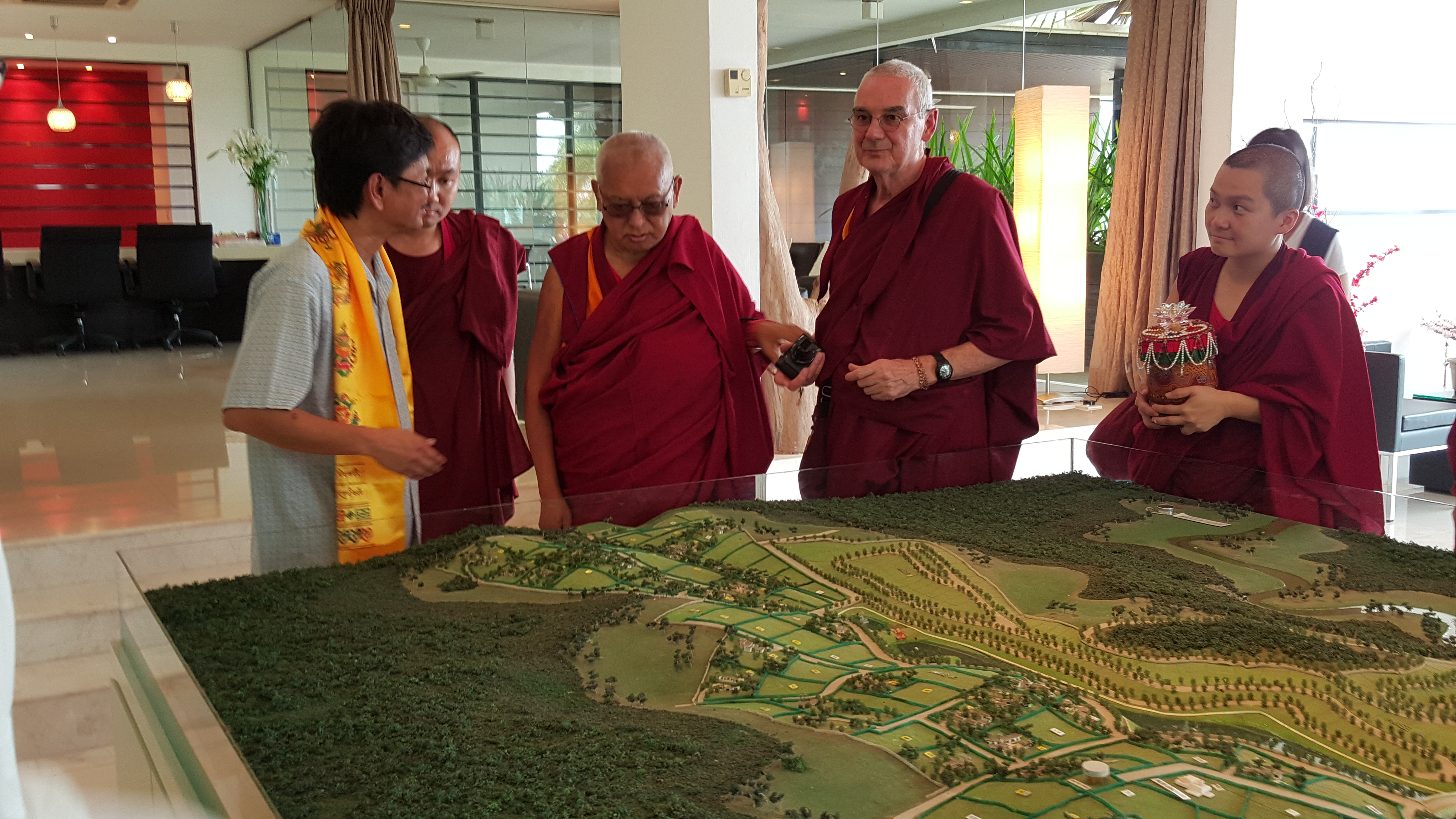 Visit by Lama Zopa Rinpoche