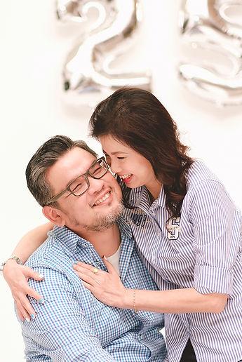 sweet couple photoshoot