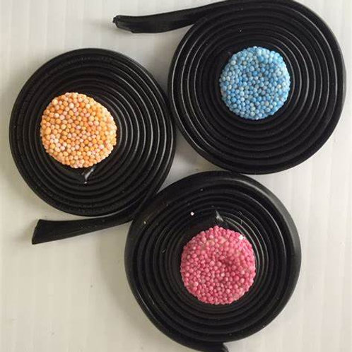 Barratt Liquorice Catherine Wheels