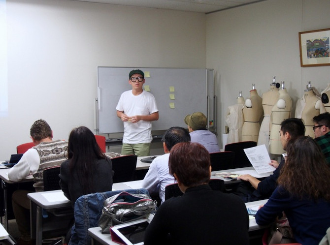 Seminer in Tokyo for Japanese companies about Hong Kong Fashion week 2016.