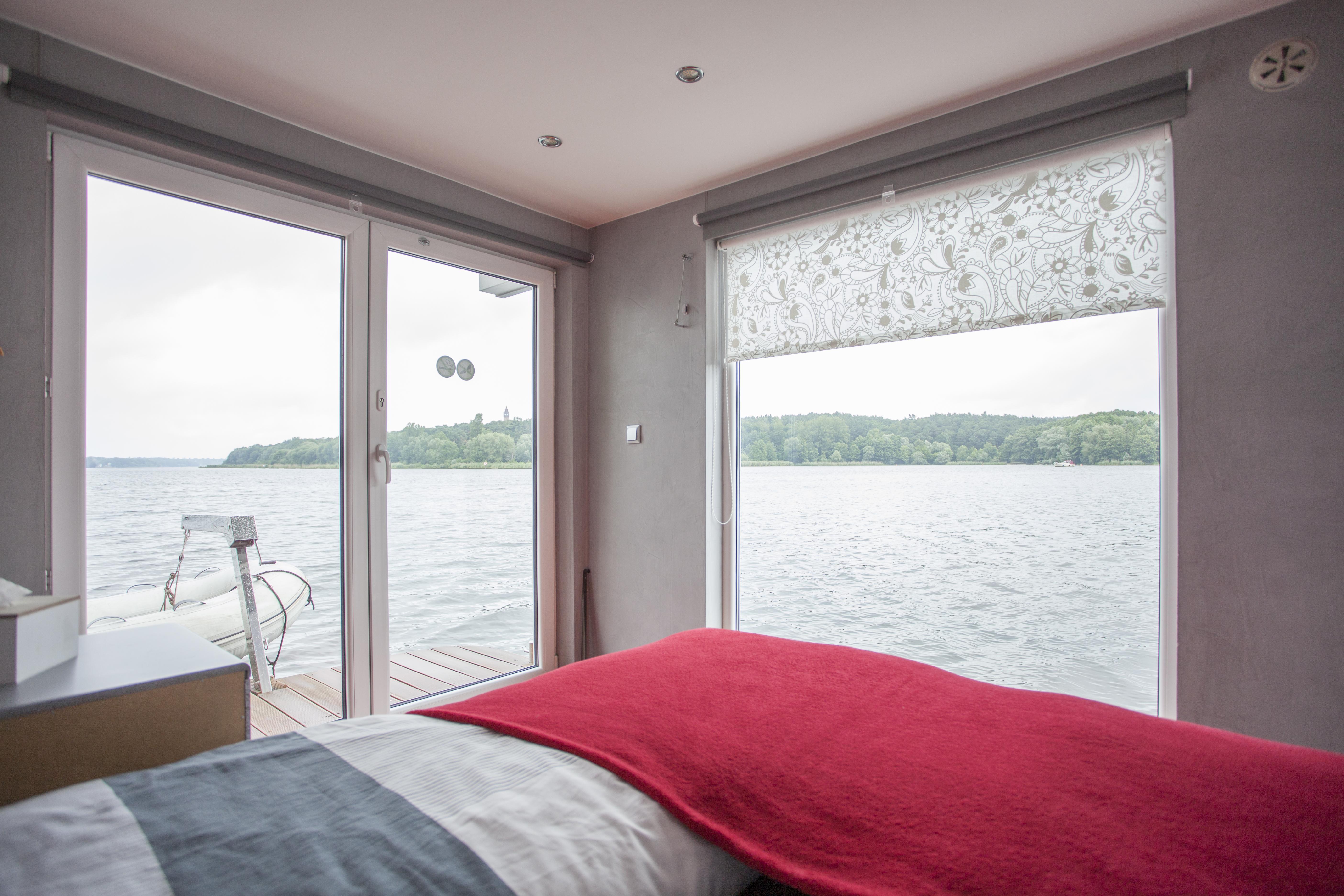 Doppeltbett mit Wasserblick